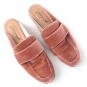 NWOT Free People At Ease Velvet Mules Loafers Sz 8